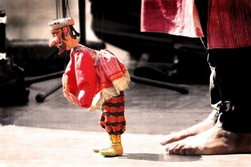 Maestro de marionetas | Master of puppets